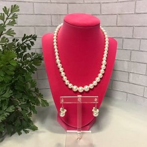 Express brand pearl bead necklace with earrings